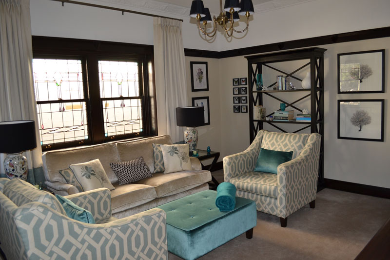 Beau Charming 1930 Bungalow Interior Design #9: Real Rooms: Blending Old And New  In