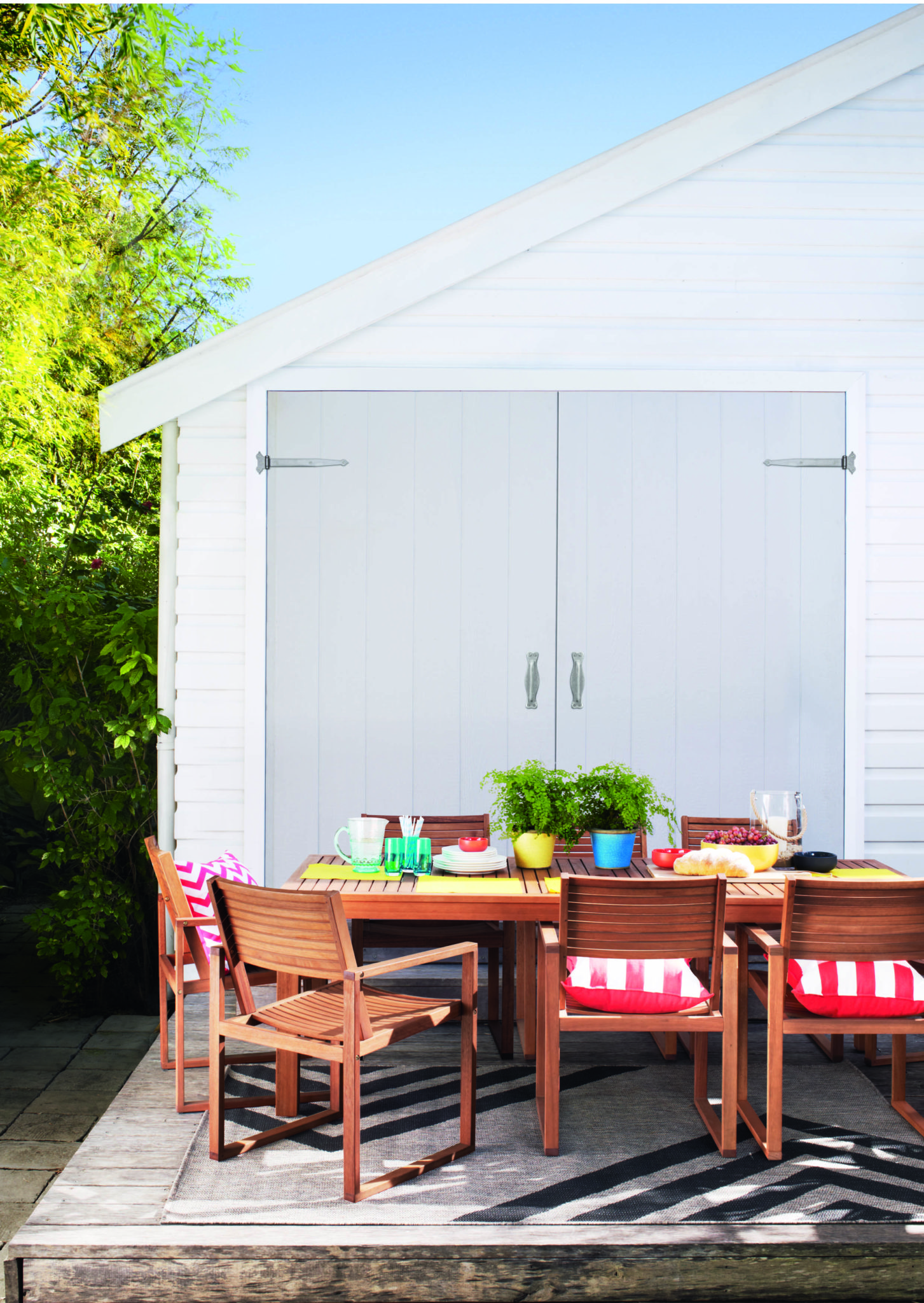 Take your entertaining outside The Interiors Addict