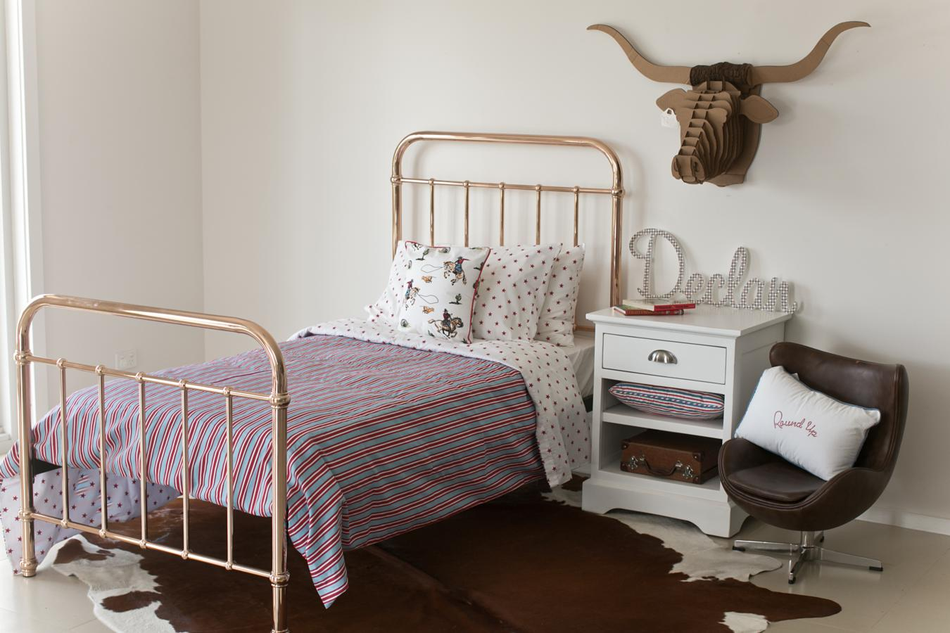 10 great finds for kids rooms you can buy online the for Where can you buy beds