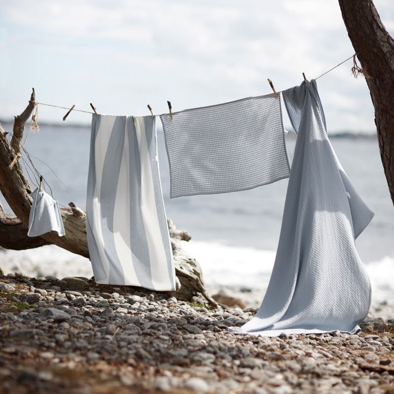Absorbent lightweight and super soft bath towels from Hacienda