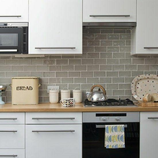 10 diy updates for your rental kitchen the interiors addict - Exceptional backsplash kitchen interiors artistic look ...