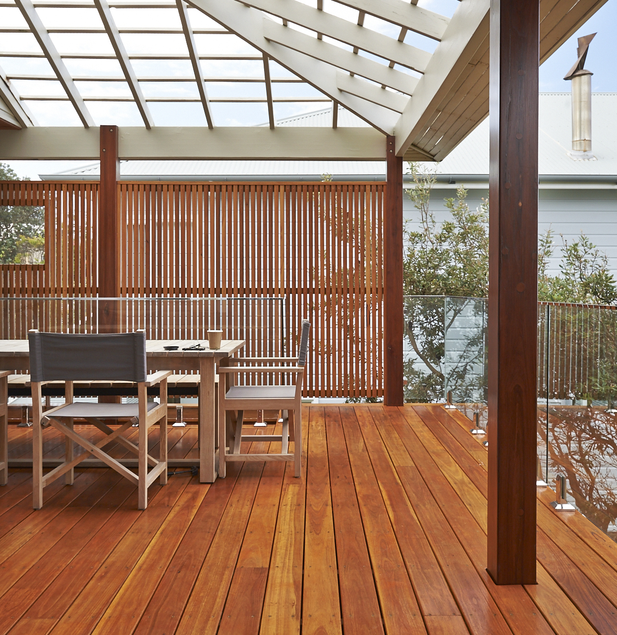 6 Ideas For Outdoor Timber Screening Projects The