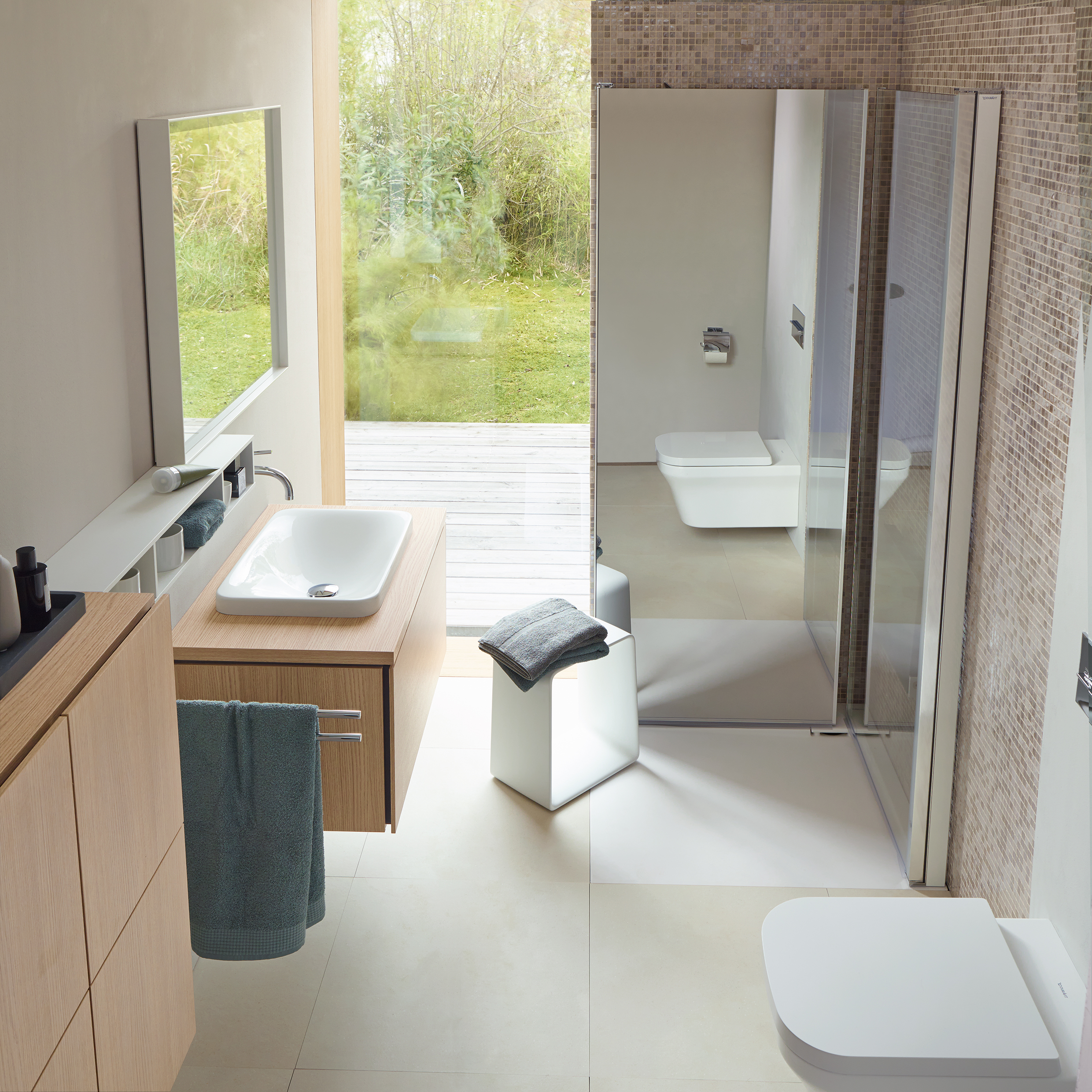 Compact bathrooms can equal design sensations with duravit for Bathroom designs za