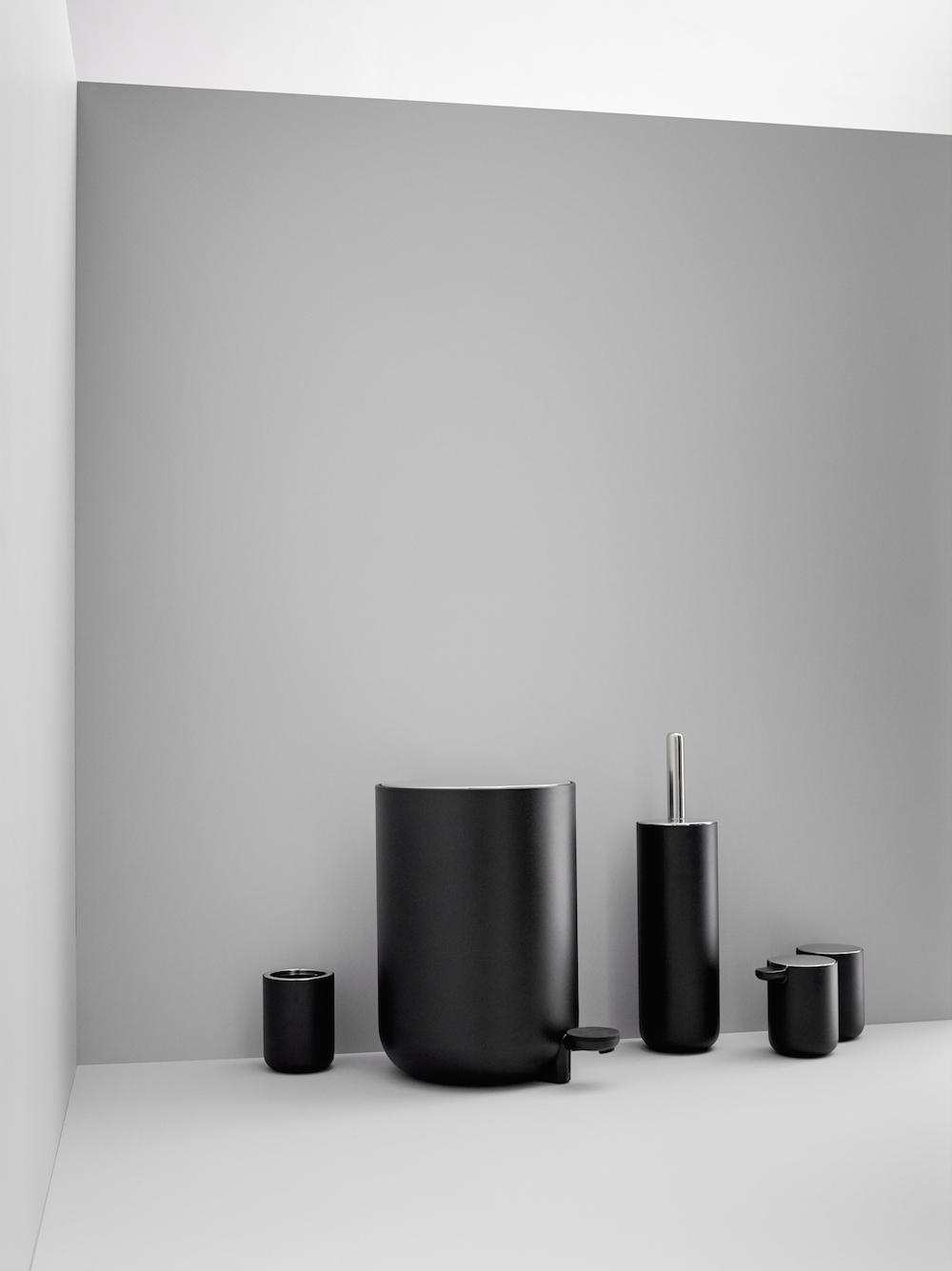 7 of the trendiest bathroom accessories - The Interiors Addict