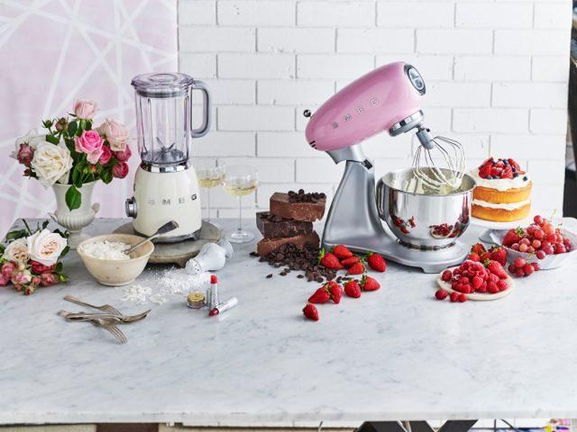 smeg-stand-mixer-pink-blender-panna-dessert