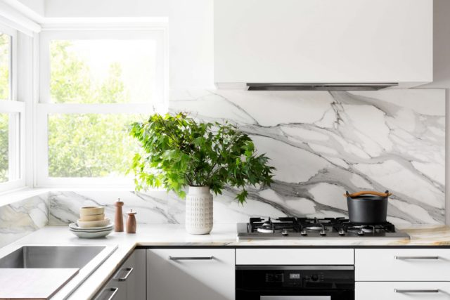 cantilever-interiors_custom-kitchen_beach-rd_photo-credit-martina-gemmola-styling-ruth-welsby_015