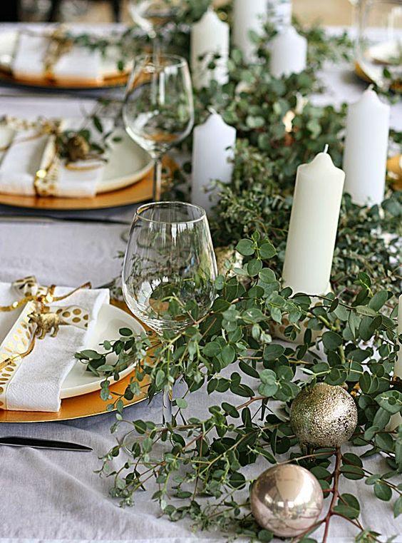 Pinterest S Top Trending Christmas Table Ideas The