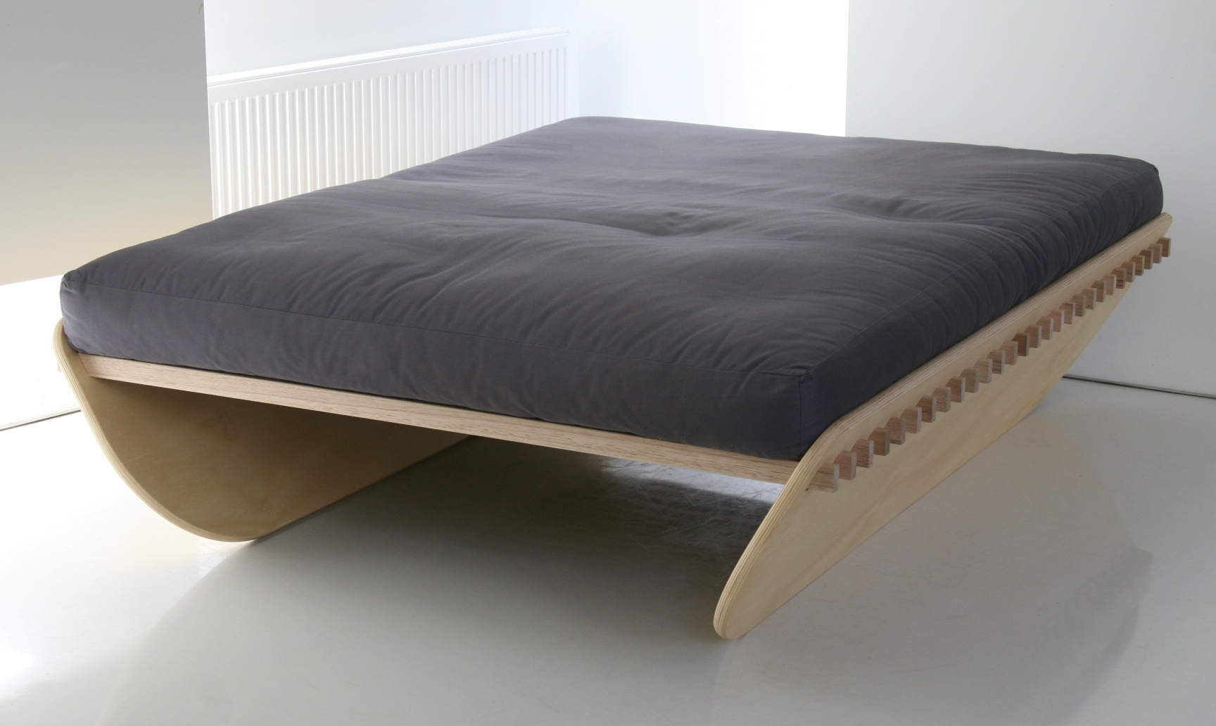 How to assemble a bed