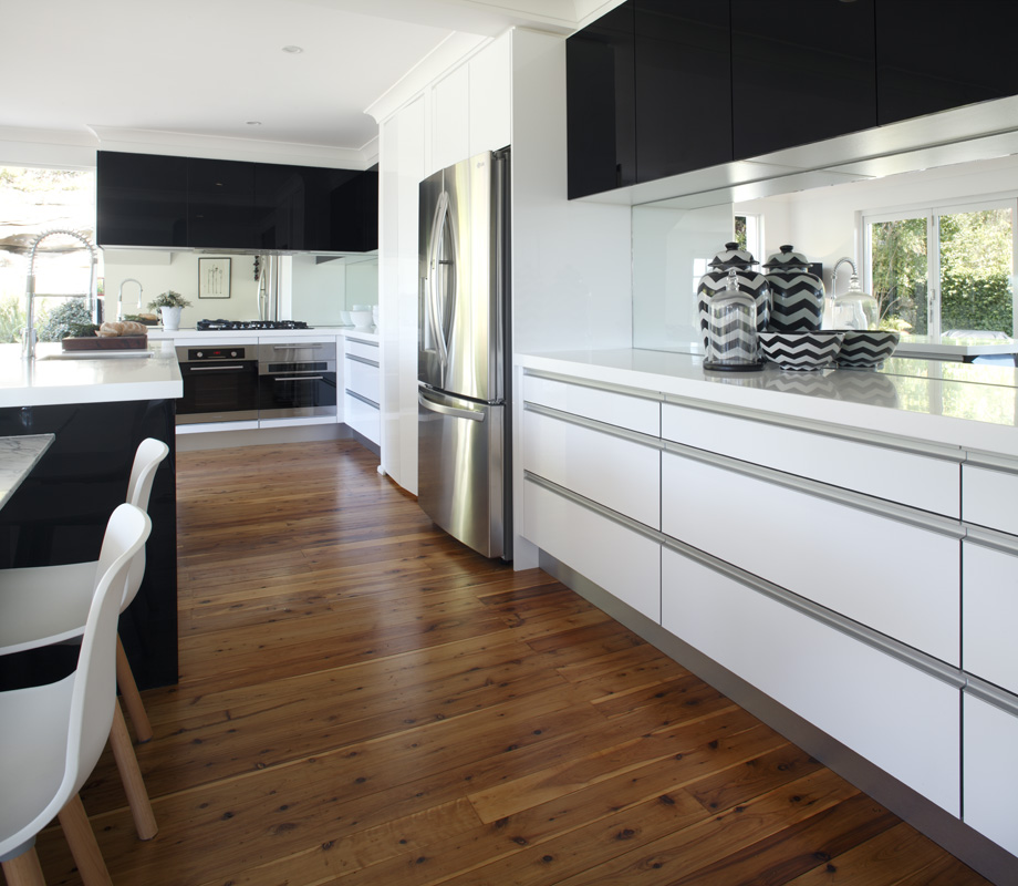 Video: Darren Palmer Talks Kitchens With Real Homeowner