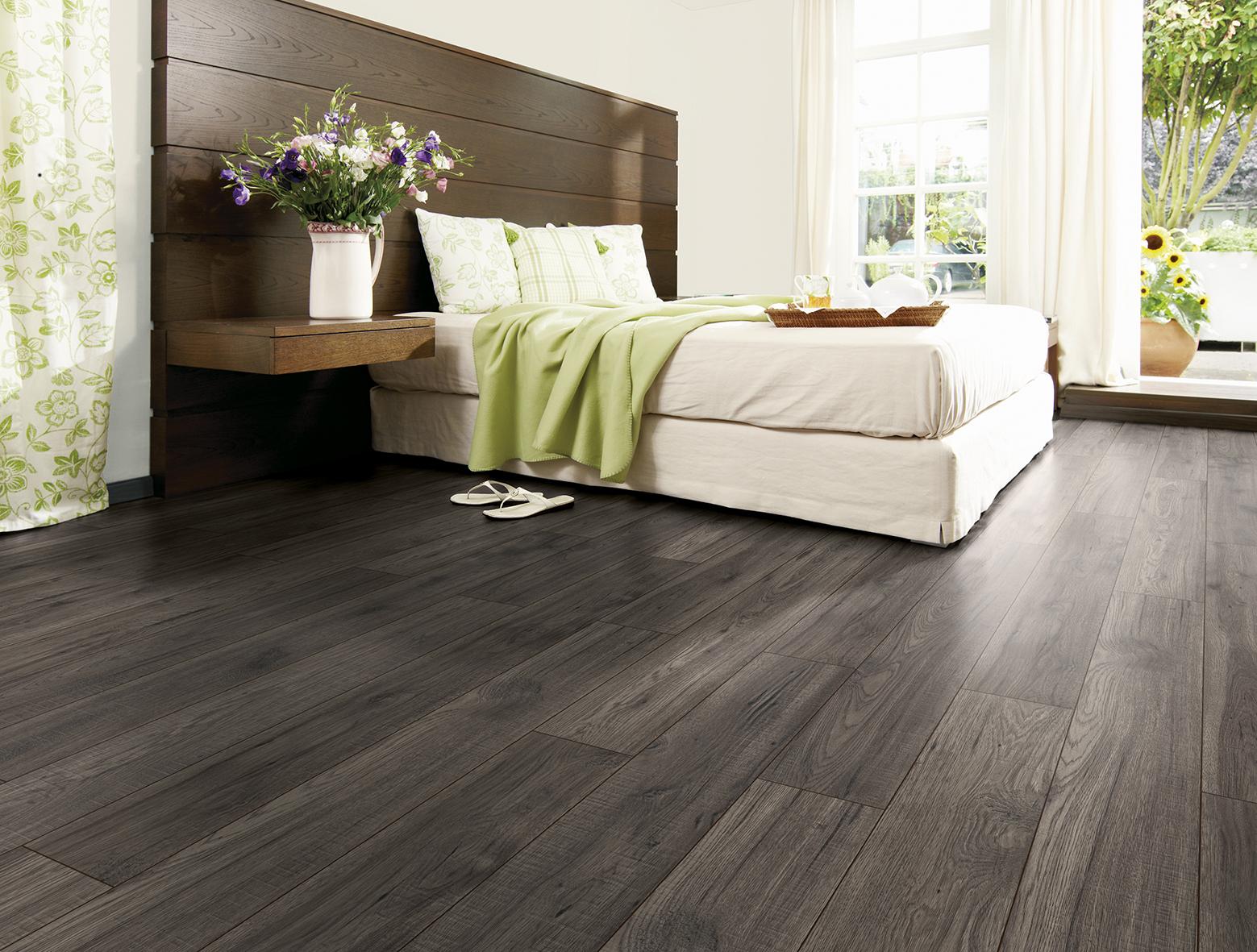 Formica Flooring_Modena Oak interiors addict