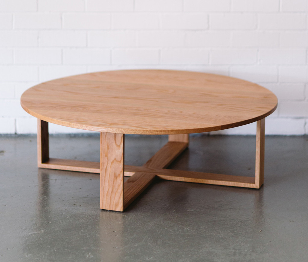 Kisscuddle Coffeetable 1024x1024