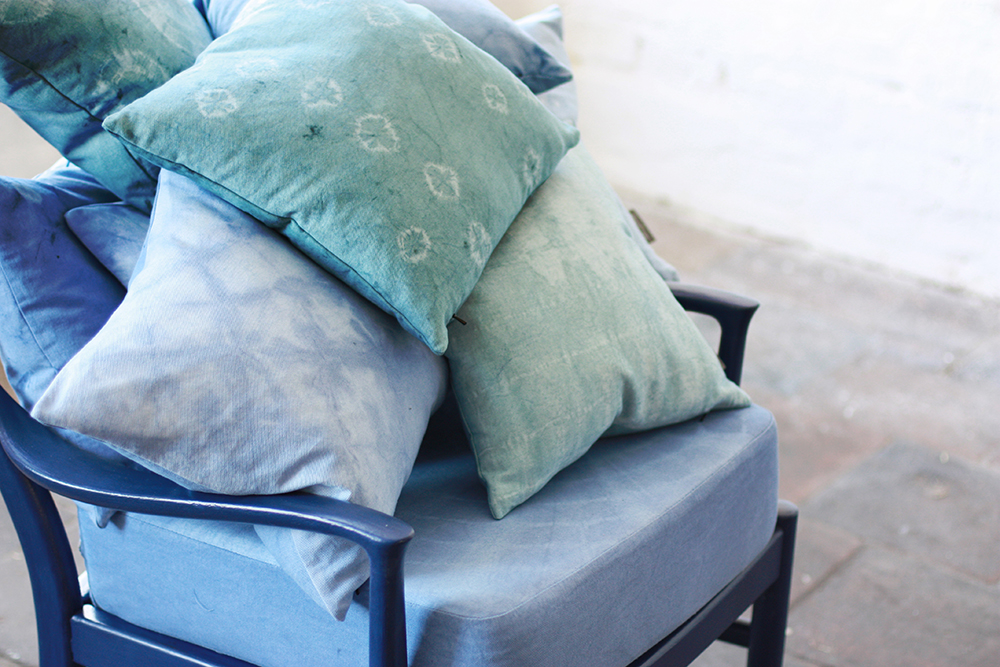 How To Dye Cushions With Annie Sloan Chalk Paint