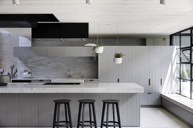 Industrial Elegant This Award Winning Kitchen Made Us Swoon The Interiors Addict