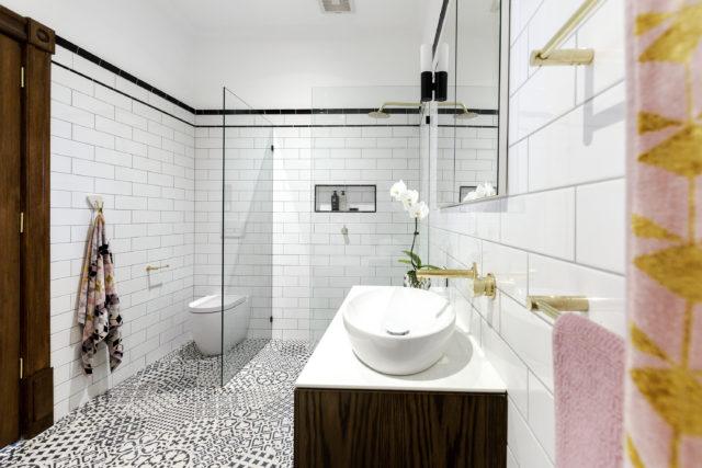 h2_r3_bathroom_dan_carleen-28