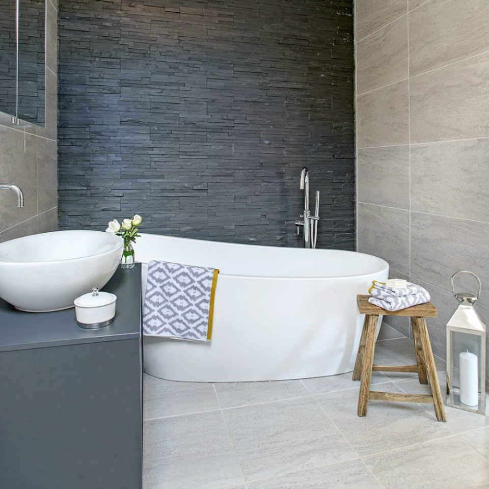 12 top tips for renovating small bathrooms