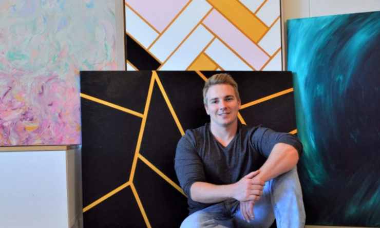 Meet Gold Coast electrician-turned-artist, Christopher Broome
