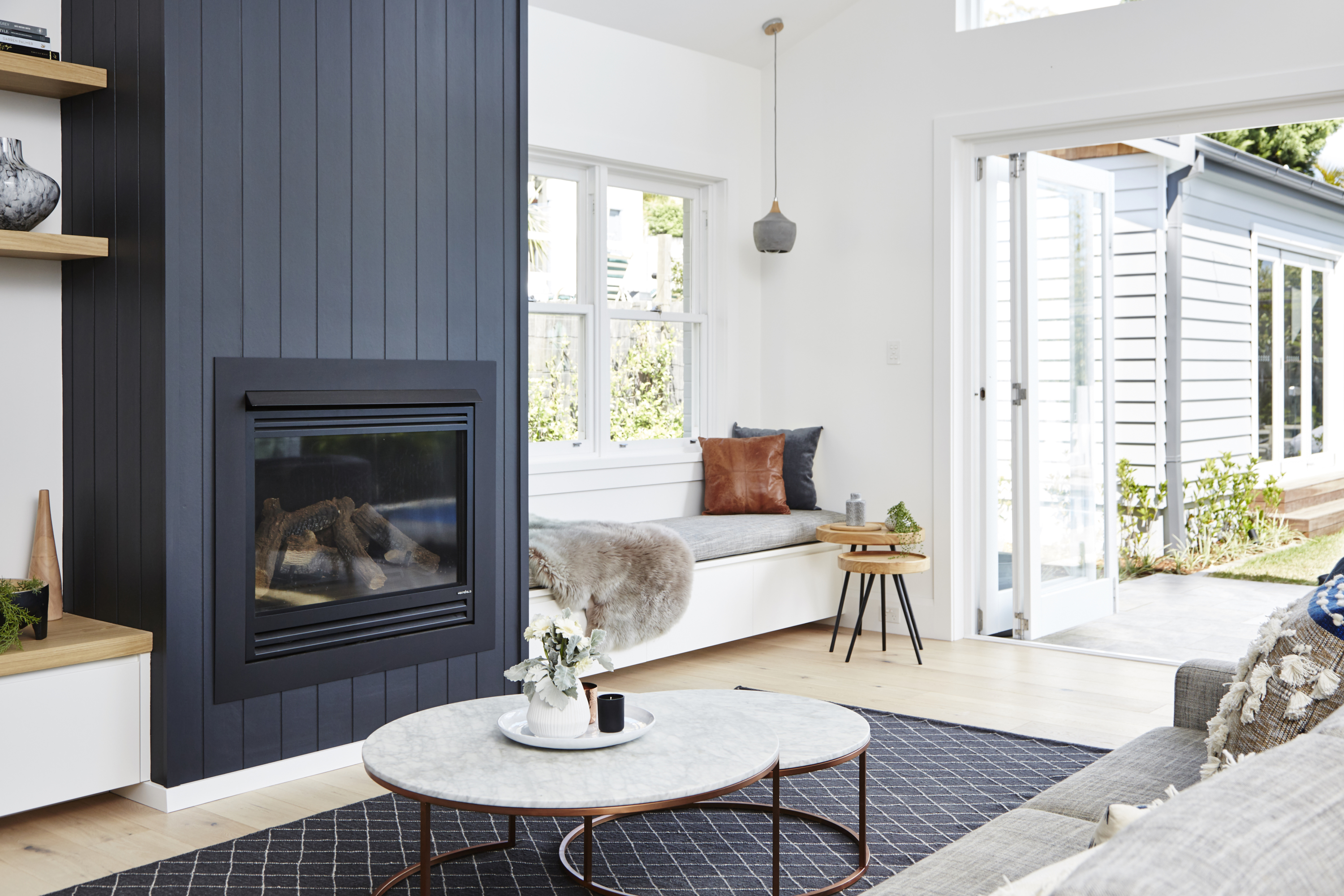 Real Reno California Bungalow Now Bathed In Sunshine The Interiors Addict