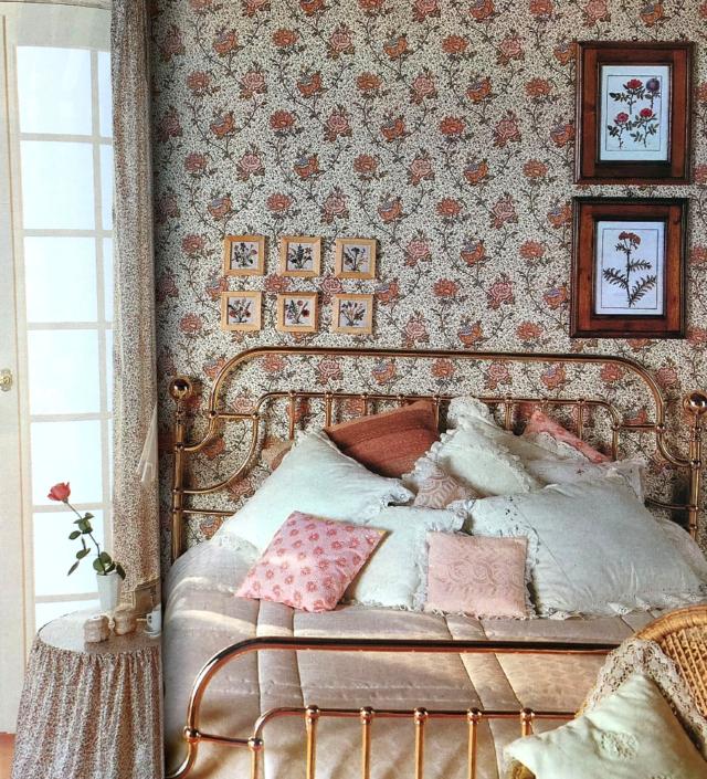 A 1980's bedroom