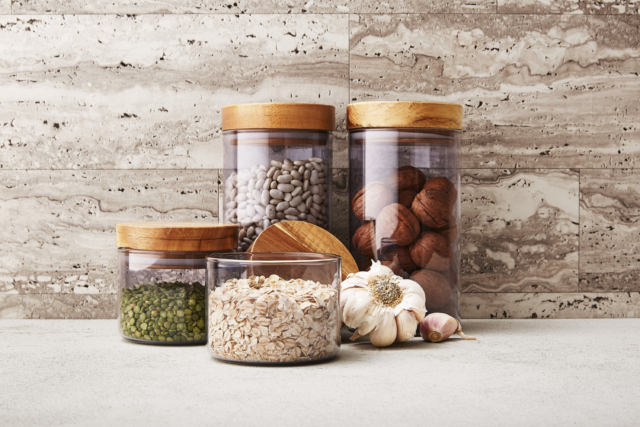 Target smoke glass canisters