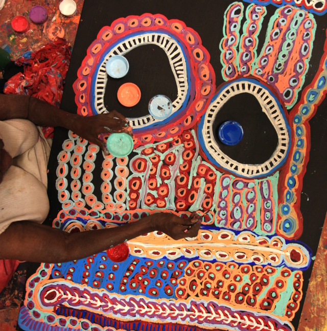 Aboriginal artist Murdie Morris at work
