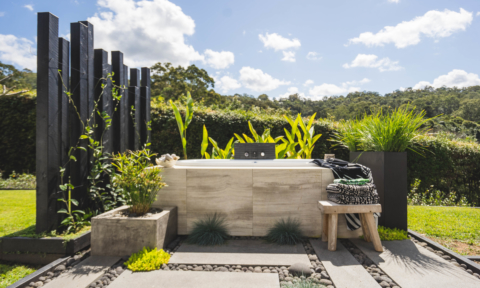 The home has a magnificent outdoor bathroom. Image: Jake Magnus