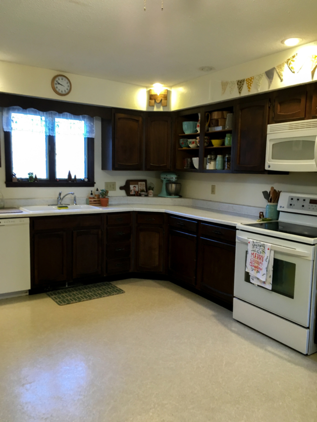 Chalk Paint Kitchen Cabinets 2 Amazing Before Afters And How To The Interiors Addict