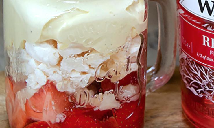 Foodie Friday: Rhubarb Eton mess