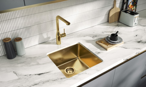 Memo Benna sink in gold